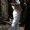 hierzu und hierin fällt 'Ja!' sagen leicht: das Hochzeitskleid aus Plastik